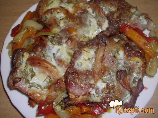 Svinjske šnicle sa povrćem