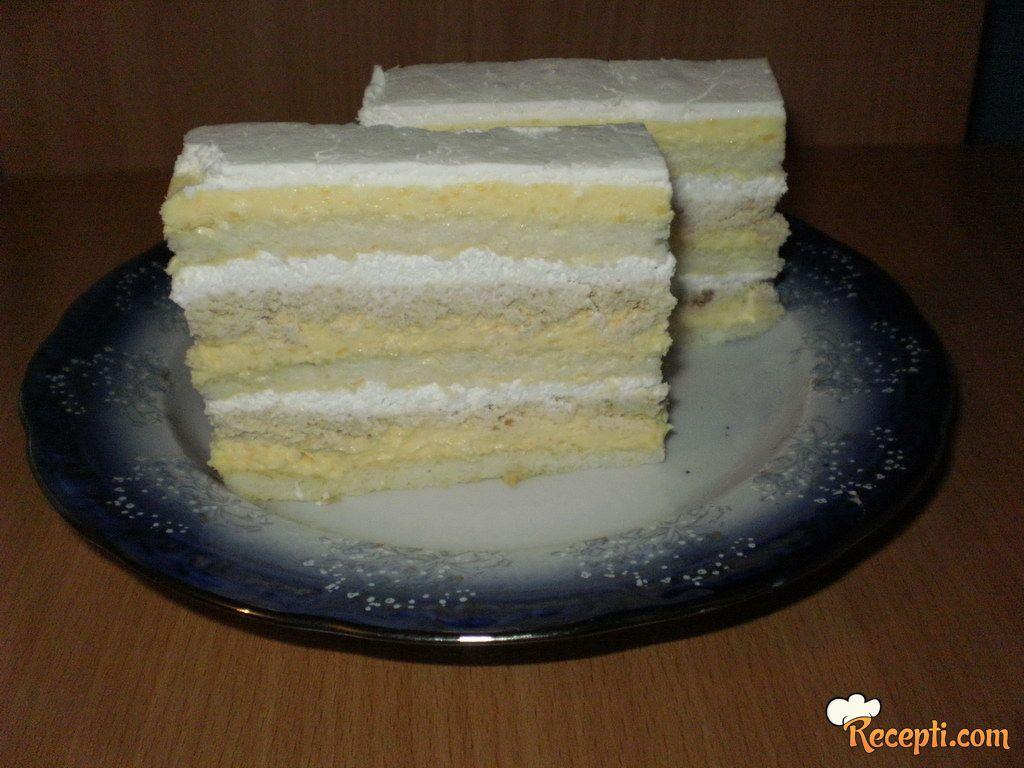 Torta sa ukusom vanile i plazme