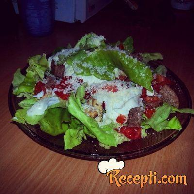 Cezar salata (9)