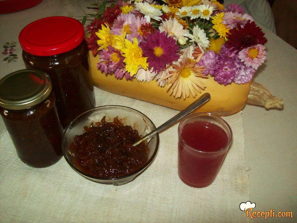 Recelj-džem od bundeve i vina