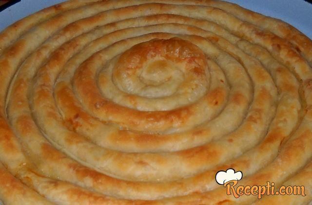 Domaća pita od krompira (2)