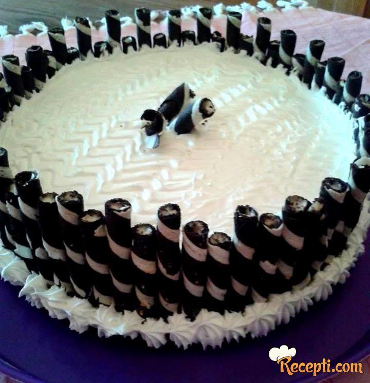 Plazma torta sa rolerima