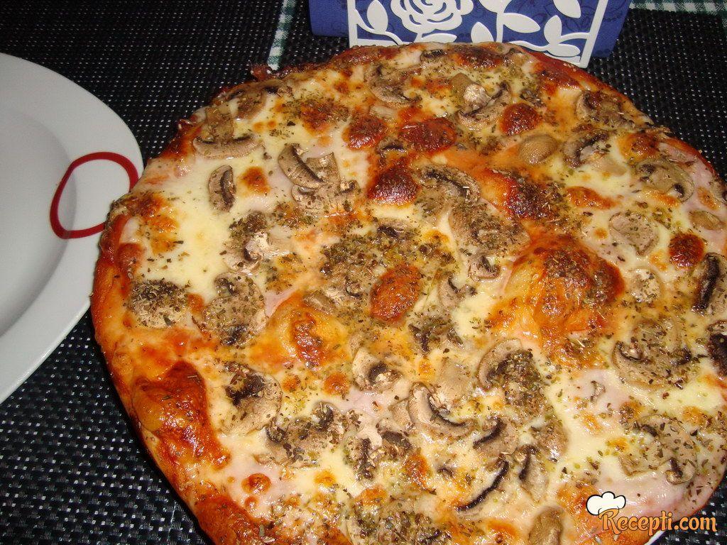 Domaća pizza (2)