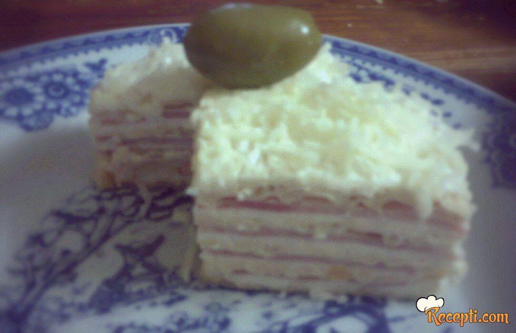 Slana torta sa šunkom i feta sirom