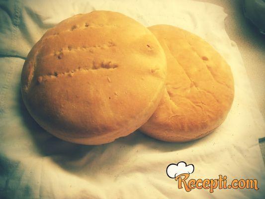 Moj prvi kruh