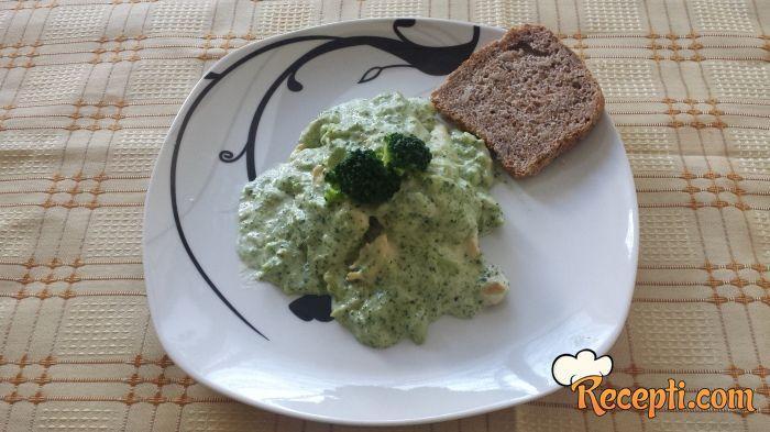 Brokoli i piletina