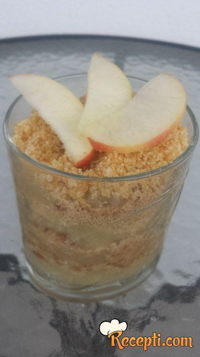 Desert sa jabukama