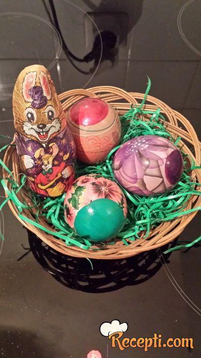 Ukrašavanja jaja bez farbe