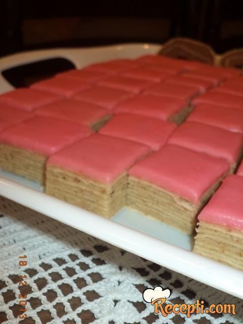 Posni rozen kolač