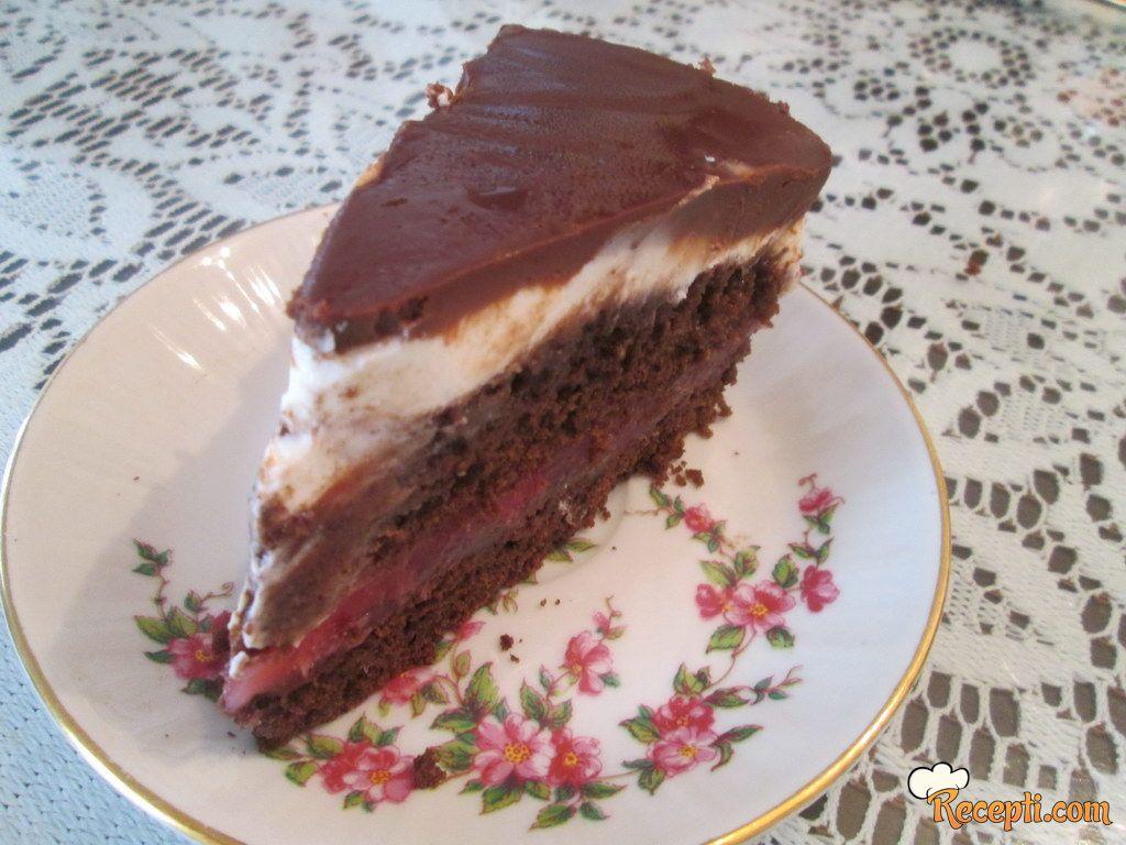 Majonez torta sa jagodama