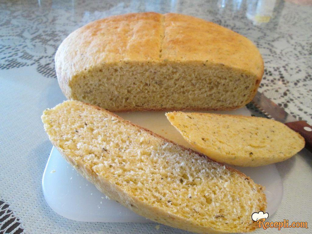 Hleb sa kukuruznim brašnom i bosiljkom
