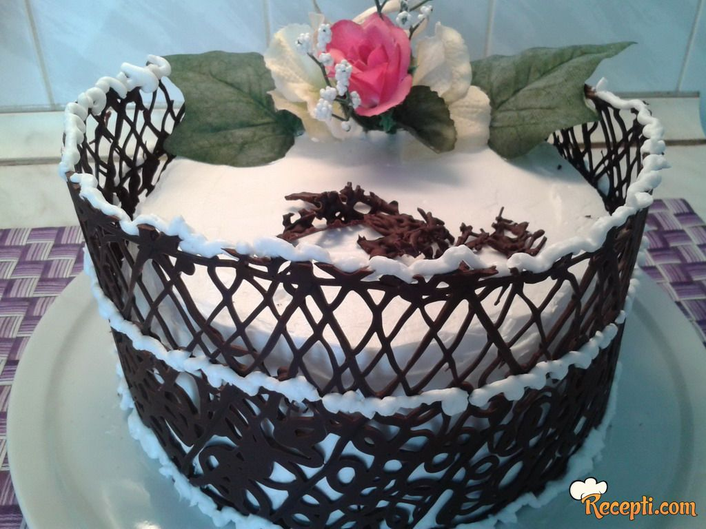 Ledena kikiriki torta