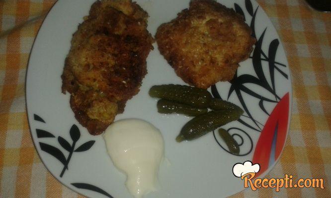 Pohovana piletina sa susamom (2)