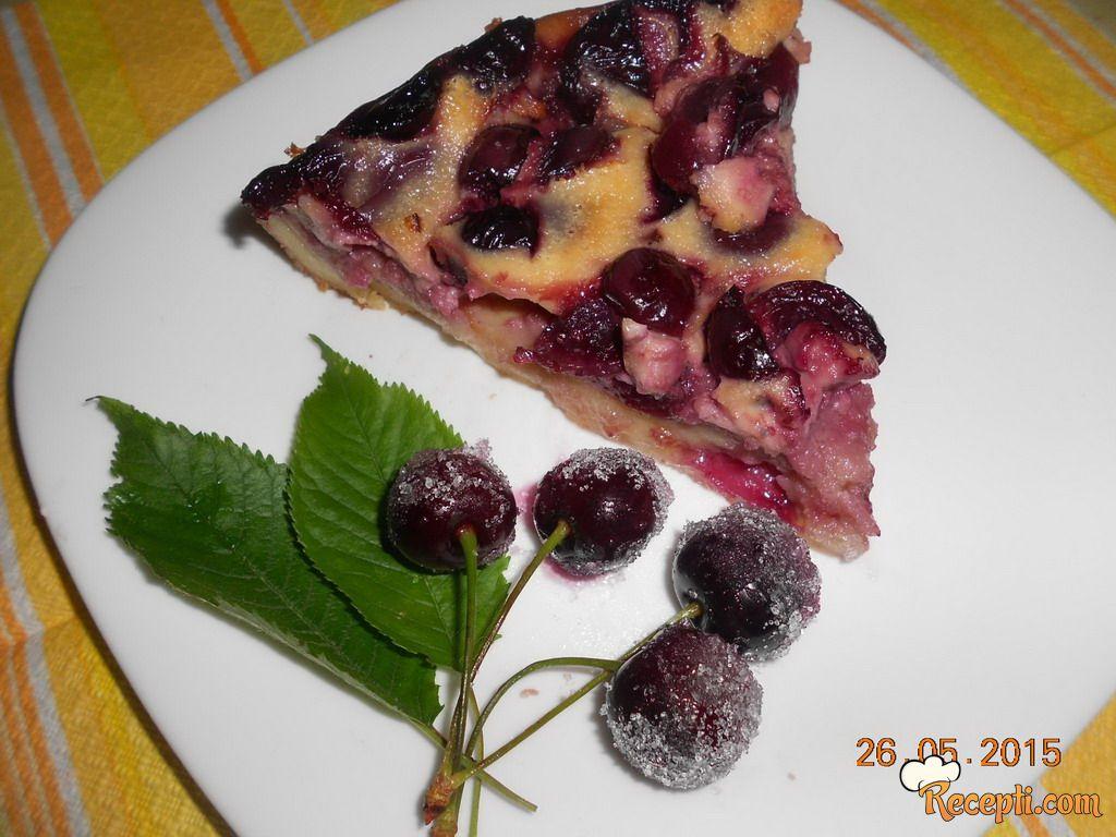 Zalivena pita sa trešnjama