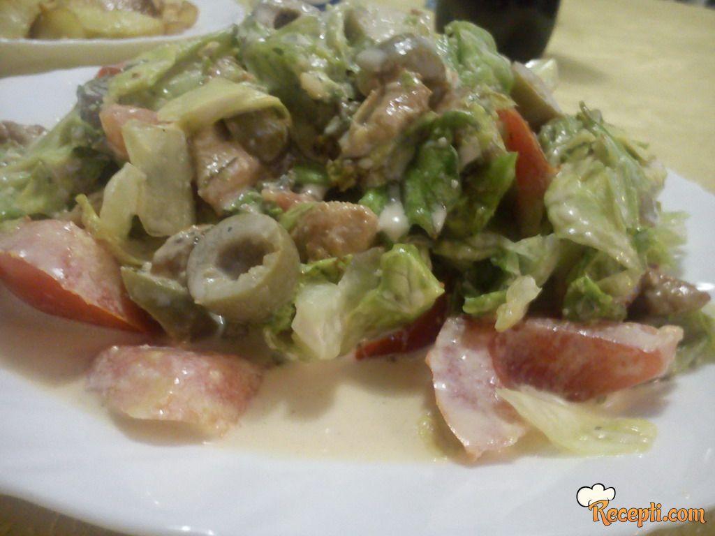 Varijacija na temu: Cezar salata