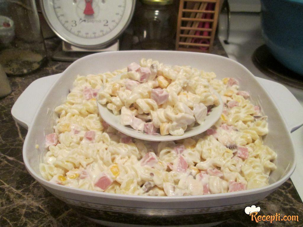 Salata sa makaronama (5)