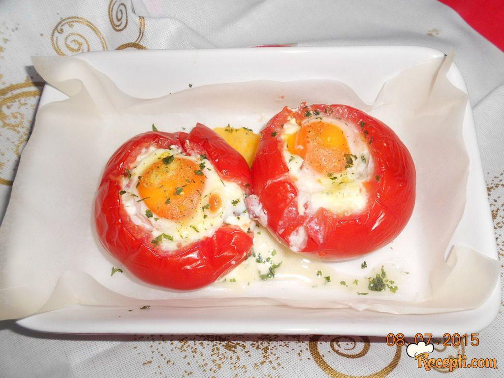 Jaja u paradajzu