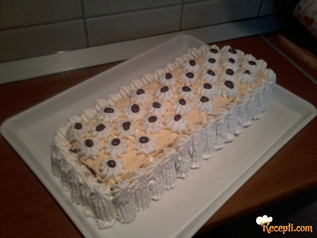 Oranž torta sa belom čokoladom