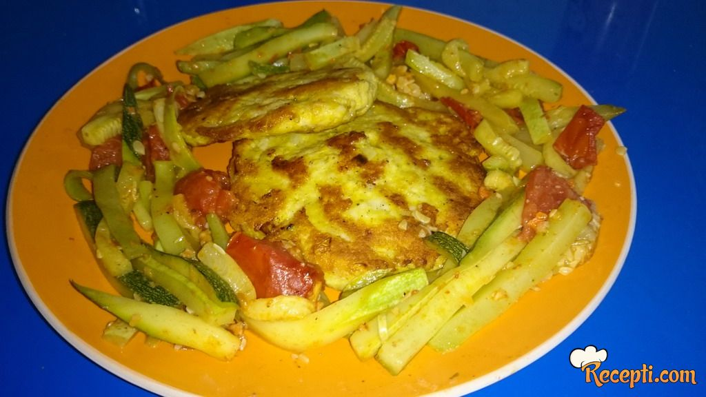 Faširane šnicle od piletine sa povrćem