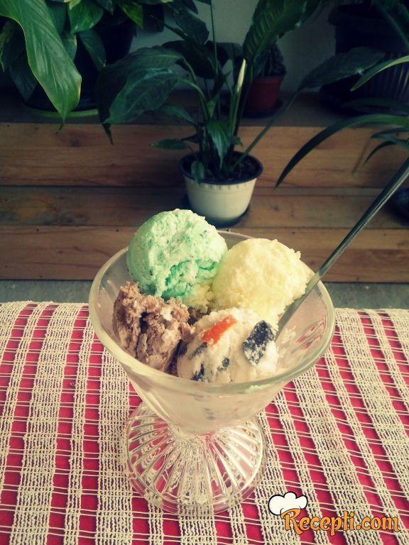 Kremasti sladoled za svačiji ukus i brza limunada