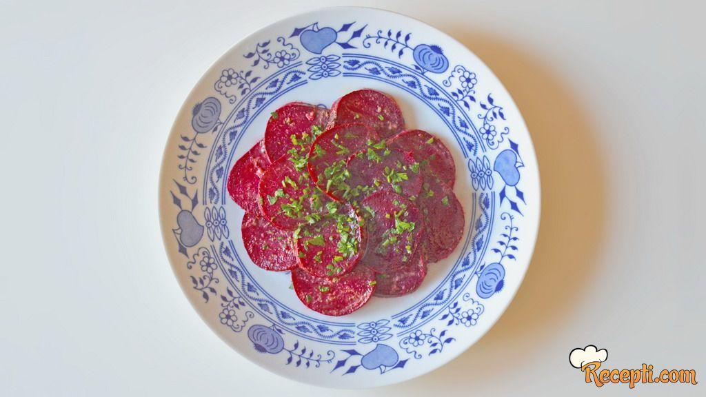 Salata od pečene cvekle