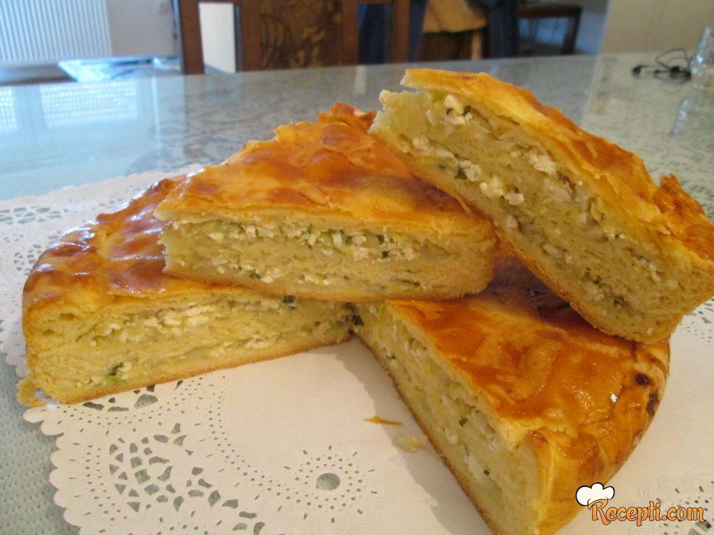 Lisnata pita sa tikvicama i sirom