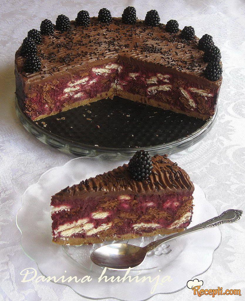Mozaik torta sa kupinama