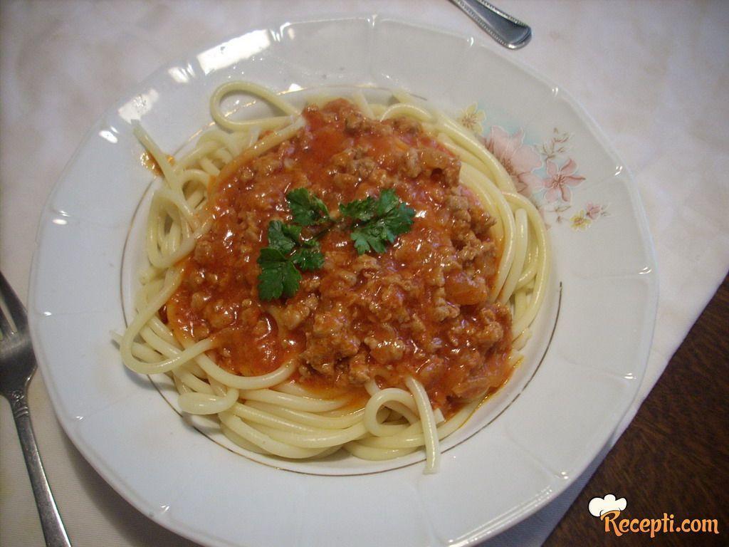 Špagete bolonjeze (4)