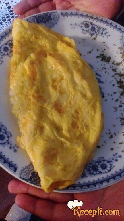 Omlet sa rendanim krompirom