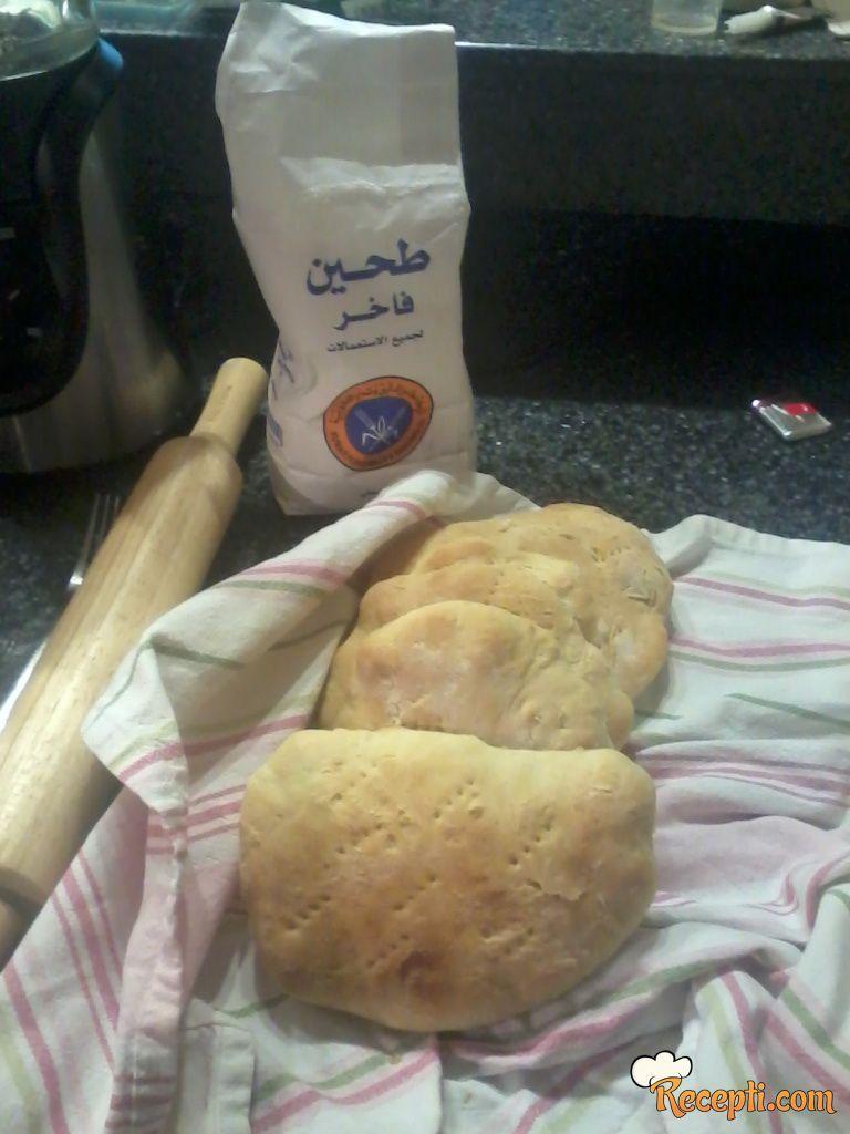 Vruće lepinje od belog brašna