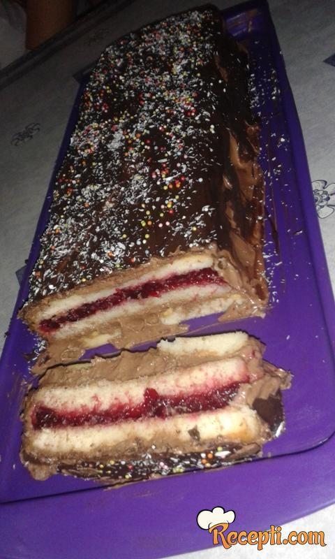 Čokoladni kolač sa višnjom