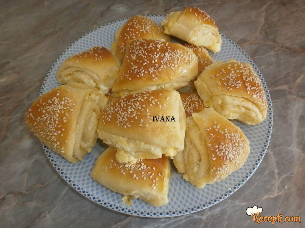 Trouglovi sa sirom (3)
