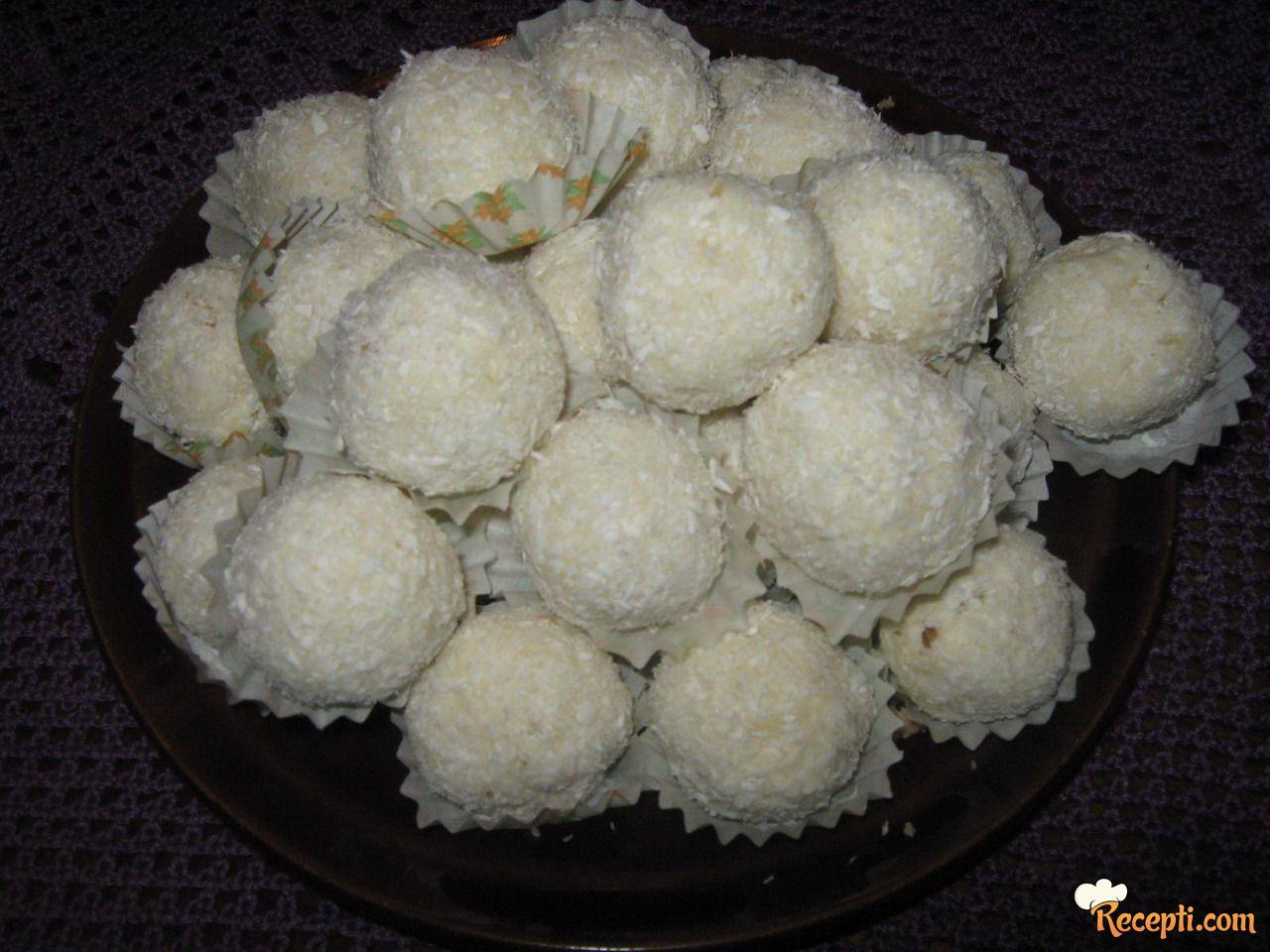 Kuglice od kokosa i badema