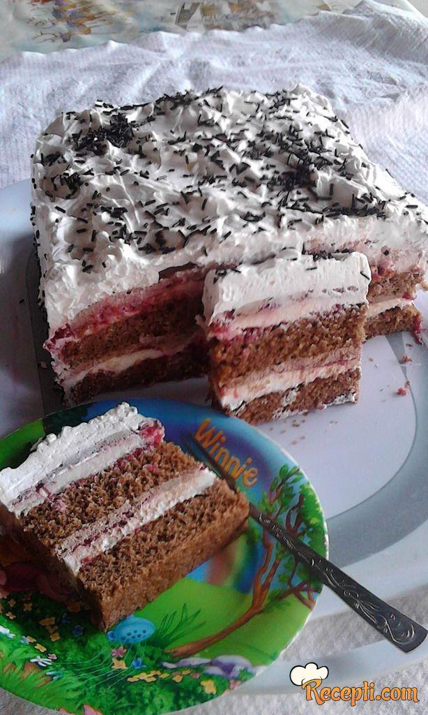 Torta *Medeno srce* sa malinama