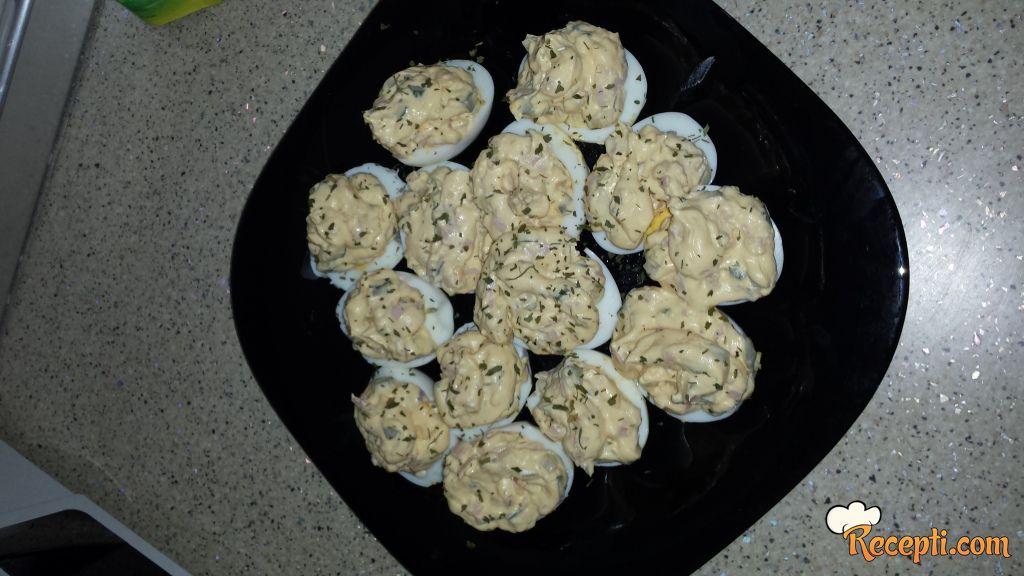 Punjena jaja (10)