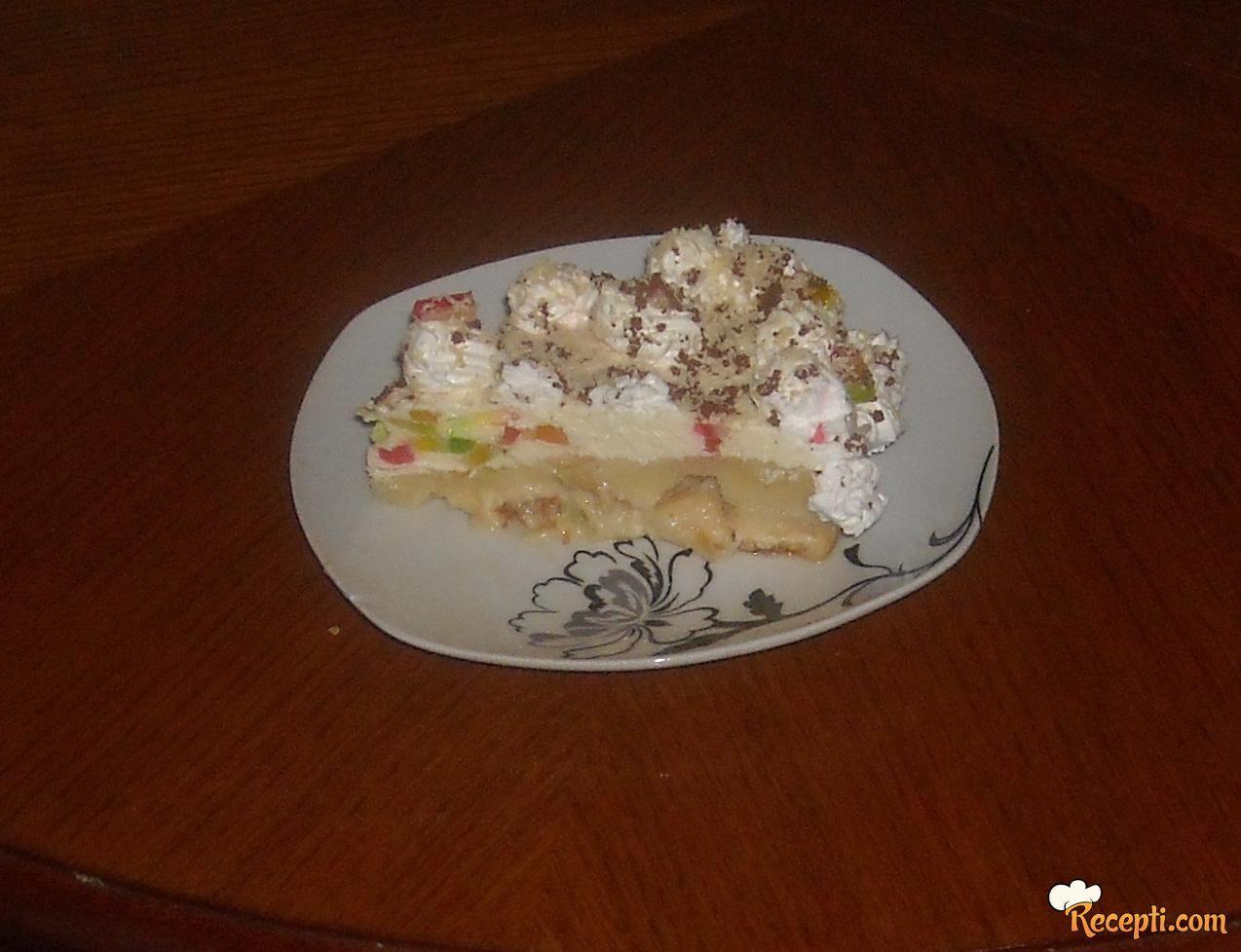 Šareni kolač od jabuka