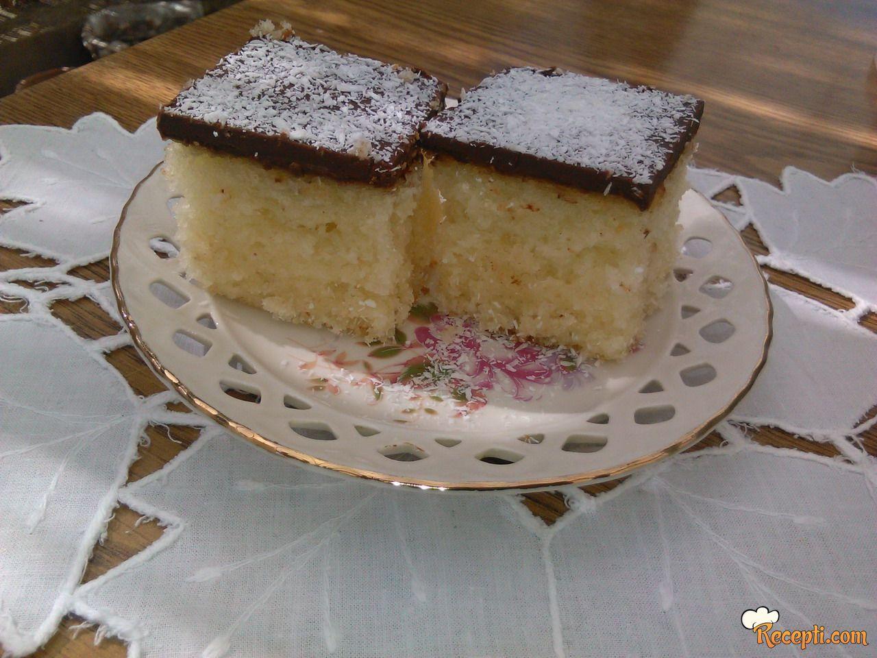 Sočni kolač sa kokosom