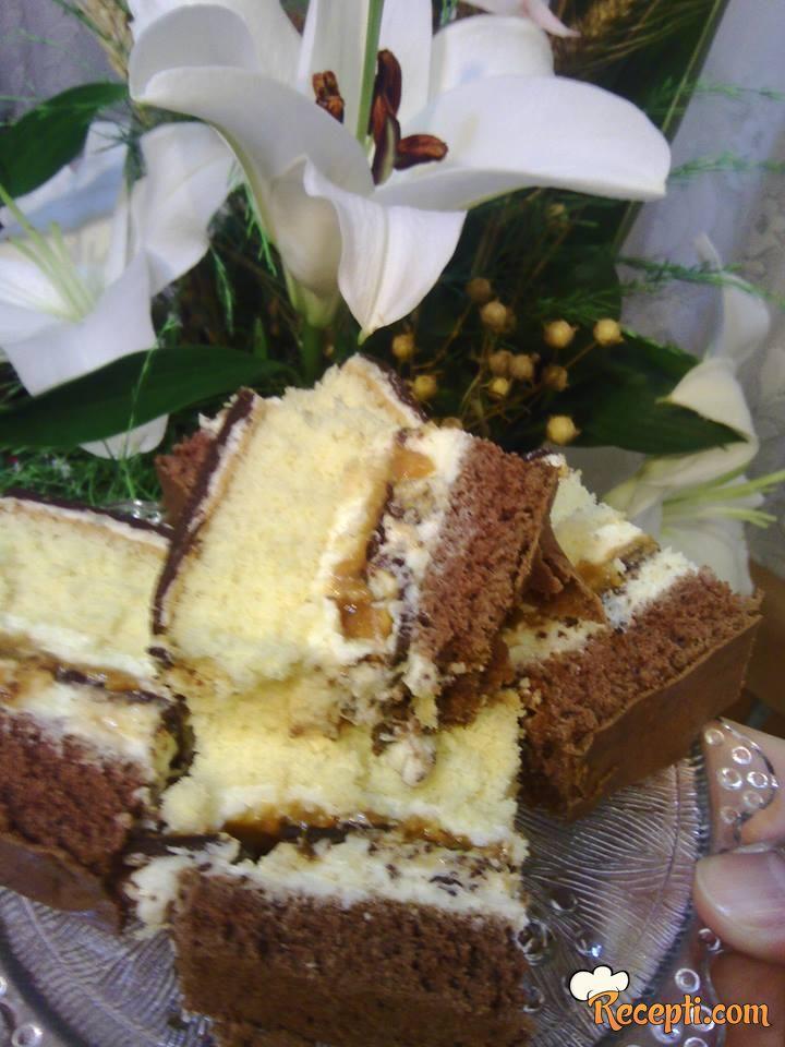 Sočni osvežavajući kolač