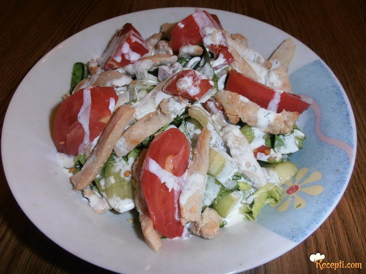 Letnja salata sa piletinom
