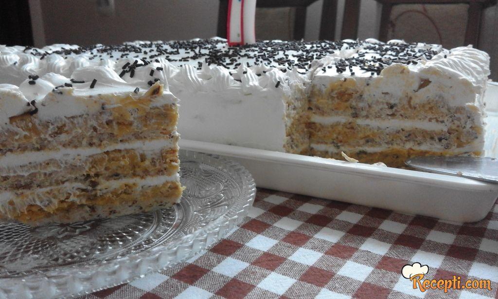 Lešnik-plazma torta