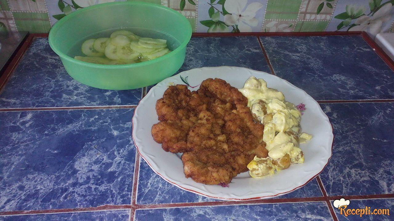 Bečke šnicle sa krompirom