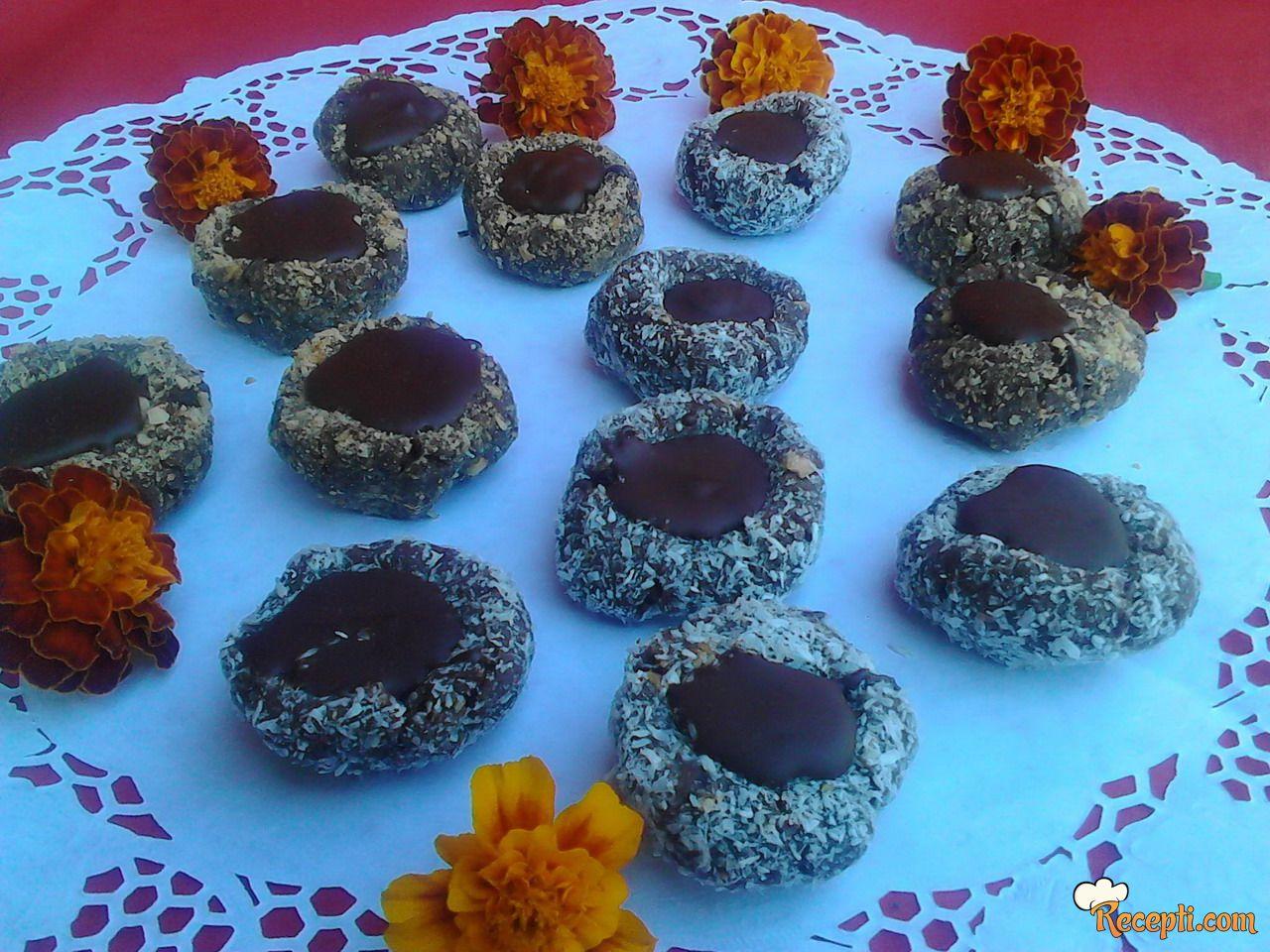 Čokoladna gnezda (2)