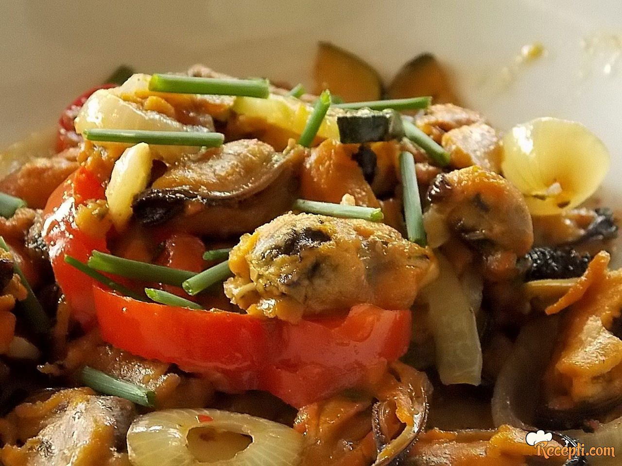 Dagnje sa povrćem i batat-slatkim krompirom