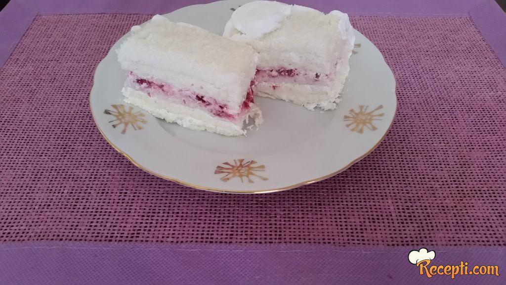 Rafaelo torta sa malinama