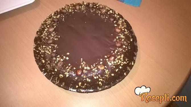 Plazma torta sa lešnikom