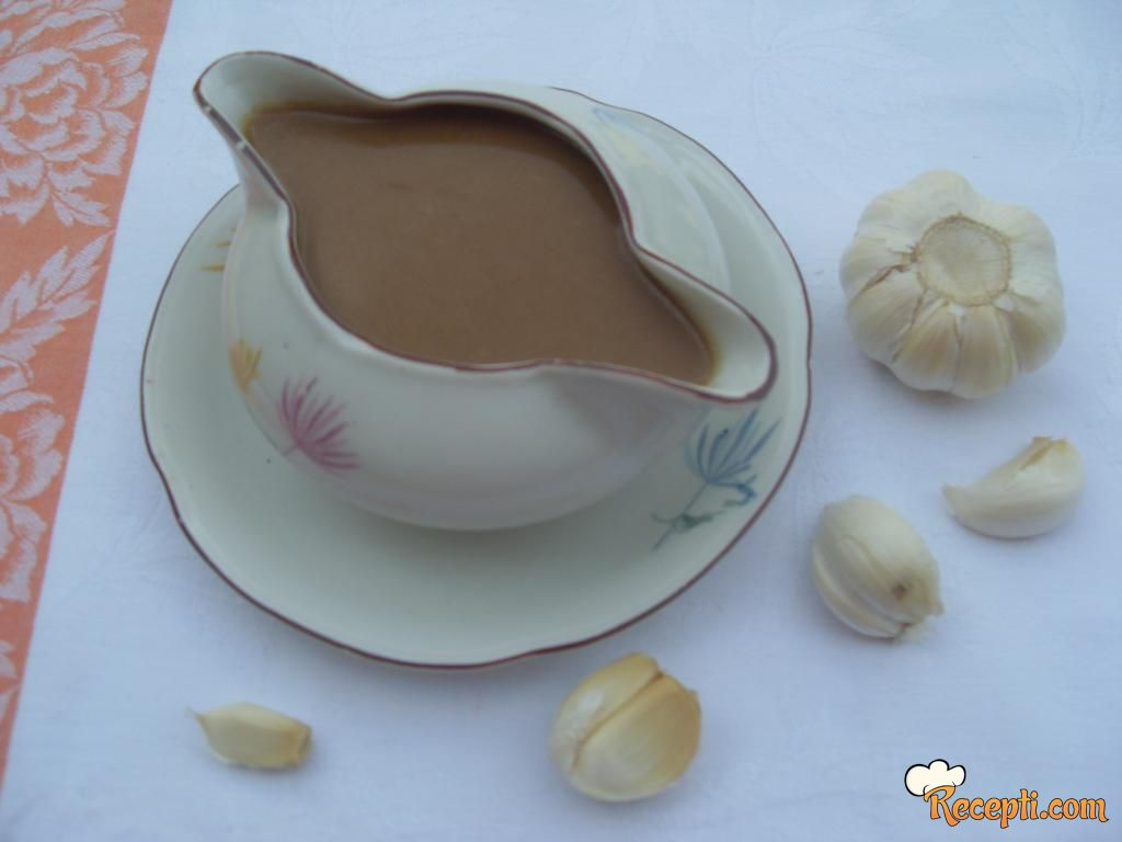 Paca sos od belog luka
