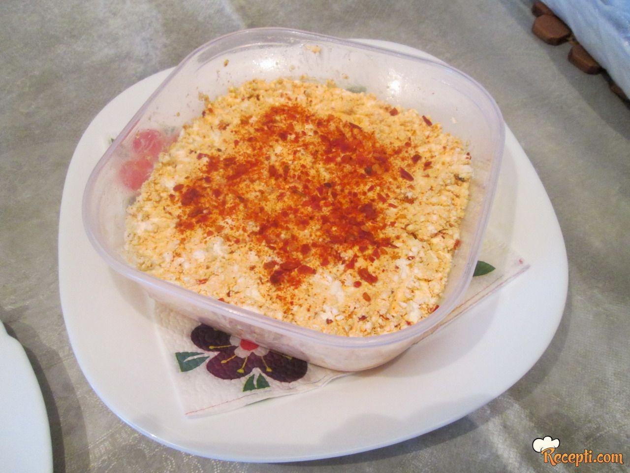 Urnebes salata (7)