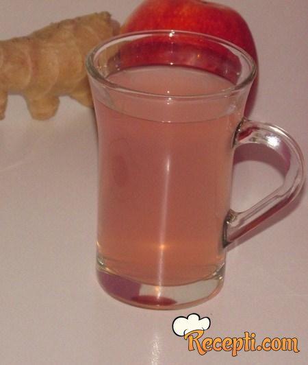 Čaj od đumbira i jabuke (za jačanje imuniteta)