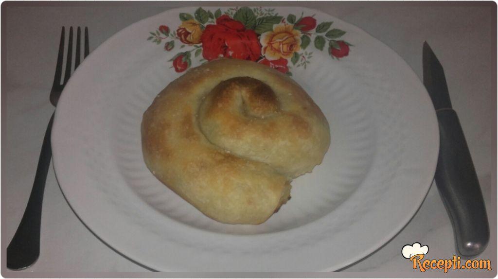 Tegljena pita puž