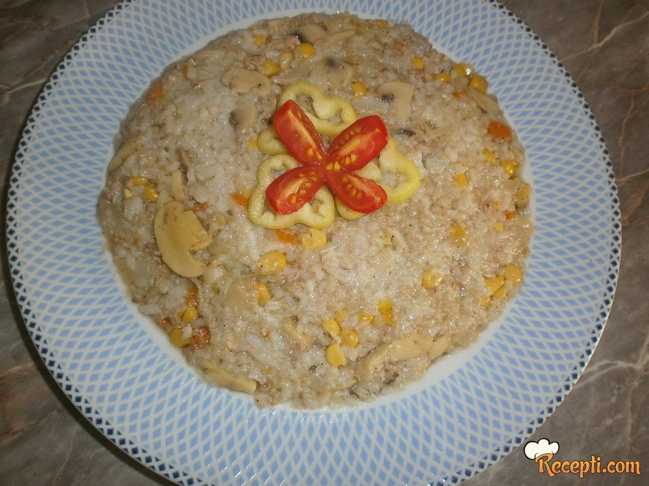 Posni rižoto sa tunjevinom